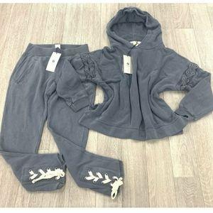 Grey Avocado Sweatshirt and sweatpants bundle